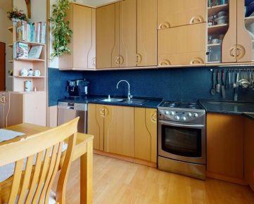 3D prehliadka: 4-izb.byt so zasklenou loggiou a najkrajšími výhľadmi, BA-Devínska Nová Ves