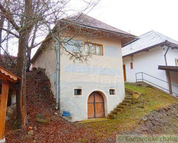 Viničná chata v rezervácii ľudovej architektúry Stará Hora