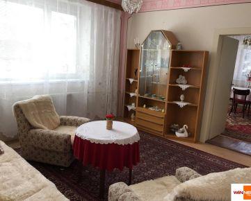 Exkluzívne Vám ponúkame na predaj podpivničený rodinný dom v  Jakovanoch