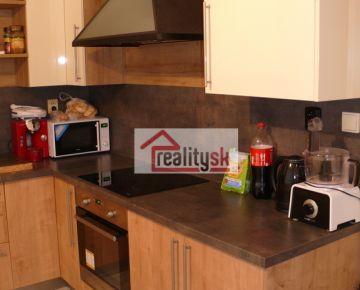 Prenajmem 3 izbový svetlý byt s výborným výhľadom
