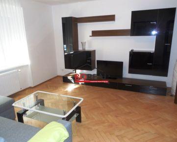 ** RK BOREAL ** Tehlový zrekonštruovaný 3izb. byt, 78,43 m2 s loggiou a garážou v Ružinove, Turčianska ul., BA II.