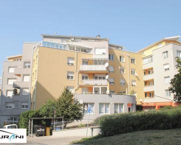 Surani RK ponúka veľkometrážny 4-izb. byt, 116 m² s parkovacím státím na Svetlej ulici v Bratislave.