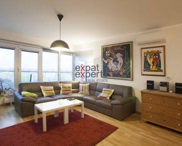 Kompletne zariadený 4 - izbový byt, 2 x kúpeľňa, parkovanie, Nové Mesto