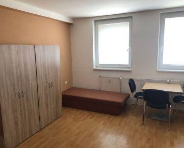 Na prenájom zariadený 1izbový byt, Majerská ulica, Trenčín
