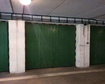 Garážové státie v garážovom objekte, 15 m2