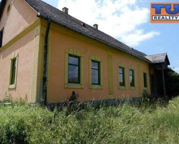 Na predaj rodinný dom, vhodný na bývanie, aj podnikateľské účely, 1715m2. CENA: 150 000,00 EUR