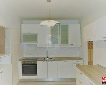 Direct Real - REZERVOVANÉ  Krásny, svetlý, južný 4-izbový byt v Dúbravke- Záluhy