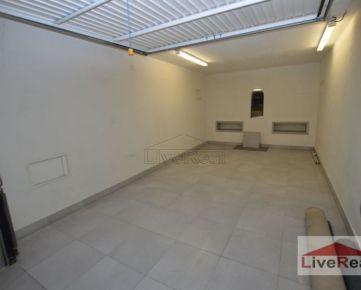 Garáž - samostatná, ul. Kresánkova, 16m2, v garážovom dome