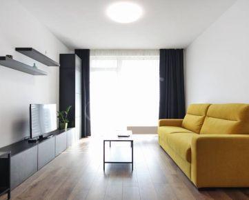 1i byt na prenájom v Bratislave, parking, novostavba