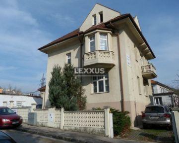 LEXXUS-PRENÁJOM, 4 podlažnú budovu, obytná plocha 477 m2, sauna, BA II