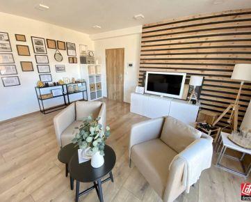 Direct Real - TOP PONUKA! Rodinný dom/Reprezentatívna administratívna budova so skladom!