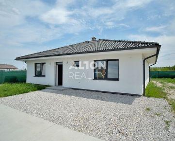 Samostatný 4 izbový rodinný dom (101m2) s pozemkom 505 m2.