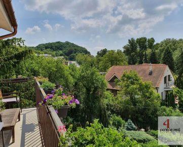 Predaj 3,5 izbový MEZONETOVÝ byt v nadstavba v DEVÍNE, nádherný výhľad, štýlový, veľký balkón, loggia, klimatizácia, treba vidieť