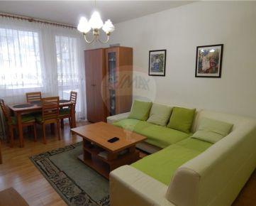 Predaj :Krásny 5i-byt vo vyhľadávanej lokalite v Karlovej Vsi s veľkou lodžiou 91m2+7m2