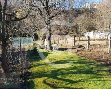 CENTURY 21 Realitné Centrum ponúka -takmer 10 á pozemok na Severe