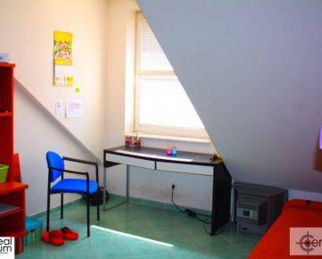 Trojgarzónka na Sladovníckej ul. - bývanie pre pracujucich/študentov