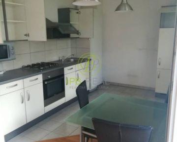 Krásny 2-i. byt s DVOMI TERASAMI v novostavbe na Bystrickej ul. v DNV!