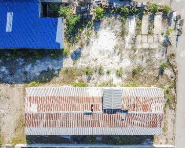 Priemyselný areál s budovami o rozlohe 3187 m2, Košice