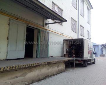 Skladové priestory 16 m2 na prenájom v objekte na Ul.Stará Vajnorská