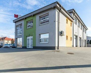 Polyfunkčný objekt na predaj, 546 m2 na 21 ár. pozemku, ul. Herlianska