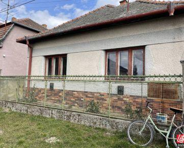 Direct Real - REZERVOVANÉ Predaj rodinného domu vhodného na rekonštrukciu