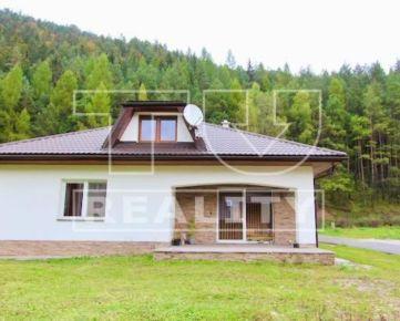 Rezervovaná novostavba 2 podlažného rodinného domu na pozemku 582m2 v Liptovskej Osade. CENA: 185 000,00 EUR