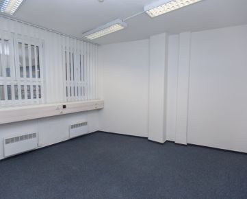 IMPEREAL - prenájom - kancelárske priestory 26,70 m2 , 6.p. v budove LUXOR, Štúrova ul., Bratislava I,