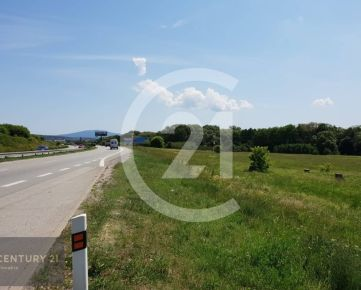 CENTURY 21 Realitné Centrum ponúka -pozemok o výmere 8595 m2 pre komerčné účely