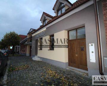 CASMAR RK - Predaj meštiacky dom s 5 izbovým bytom a štúdiom krásy