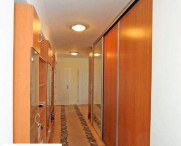 Prenájom 2 izbový byt, Bratislava - Rača, Račianske mýto