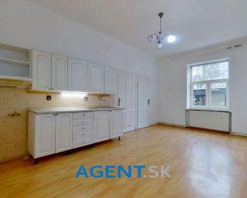 AGENT.SK Staromestský 81 m2 2-izbový byt v centre mesta Žiliny