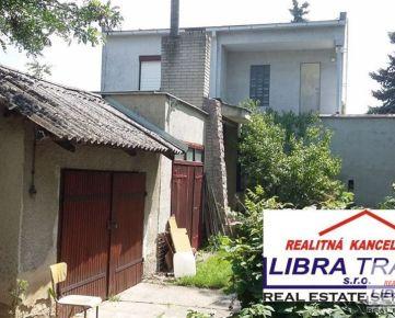 PREDAJ - 5 izbový rodinný dom v pôvodnom ale zachovalom stave v Iži