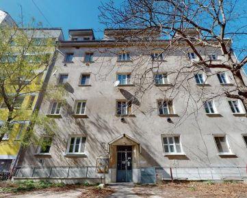 Janáčkova, pri Medickej Záhrade - 2,5izb. byt, vysoké stropy