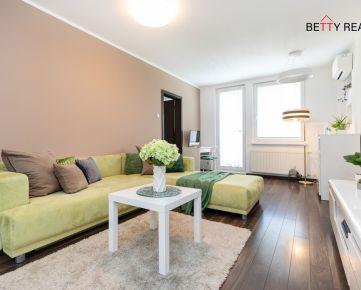 3i byt BA - Dúbravka, Beňovského.  75 m2,  KLIMA - TIP - TOP priestorovo a  dizajnovo riešenýv zelenej vzdušnej zóne s krásnym výhľadom