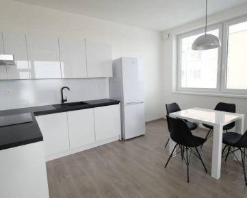 Slnečný 2i byt, terasa 16 m2, novostavba 2019, 1x parkovacie miesto