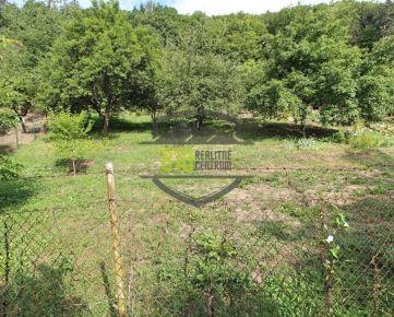 Záhrada 1633m2 vo vyhľadávanej chatovej oblasti nad Zábrehom