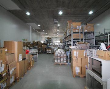 LEXXUS-PRENÁJOM, skladový priestor o veľkosti 405 m2, Nové Mesto
