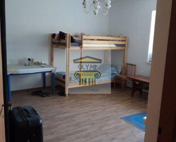 OLYMP - Samostatne stojaci 8-izbový RD na Karpatskej ul. v Marianke v pôvodnom stave