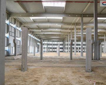 Prenájom skladových priestorov 2700 m2, Trnava