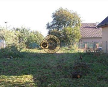 Pozemok na výstavbu, IS pred pozemkom, stav. povolenie
