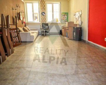Obchodný priestory /40 m2 / Žilina - centrum