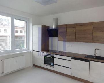 PRENÁJOM, 3 izbový rekonštruovaný byt, SÍDLISKO, 79 m2