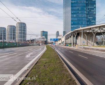Ružinov - Nivy, 3-i byt, 72 m2 - TOP lokalita, TEHLA, na hranici bratislavského Manhatanu