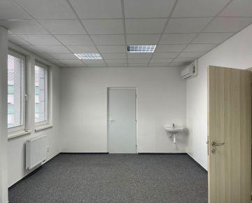 Kancelária na prenájom: 26,4 m2, 1.p., Trenčín, Legionárska / Dlhé Hony