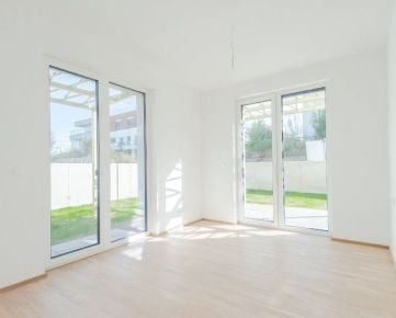 Krásny 4-izbový byt s predzáhradkou, ihneď k nasťahovaniu