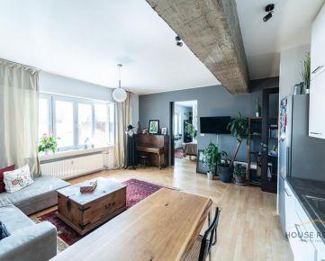 Prenájom štýlový 2 izbový byt s klimatizáciou Záhradnícka ulica, Bratislava I.Staré Mesto