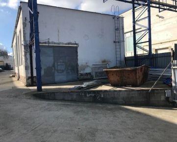 PRENÁJOM skladovo-výrobného priestoru, Hlohovec - Jarmočná