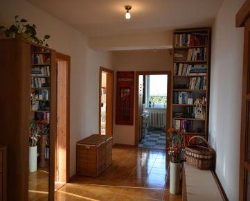 Priestranný, skvelo udržiavaný 3,5 izbový byt