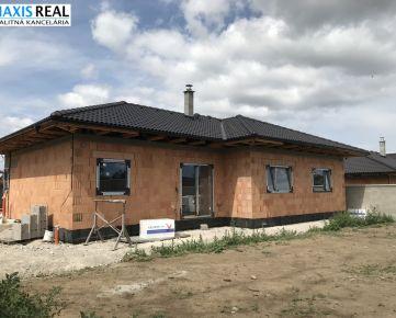 NA PREDAJ: Novostavba Dvorníky 4 izbový rodinný dom