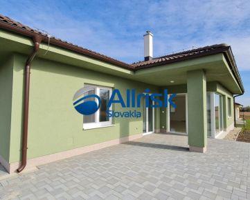 Novostavba na predaj  - moderný bungalov pri Nitre